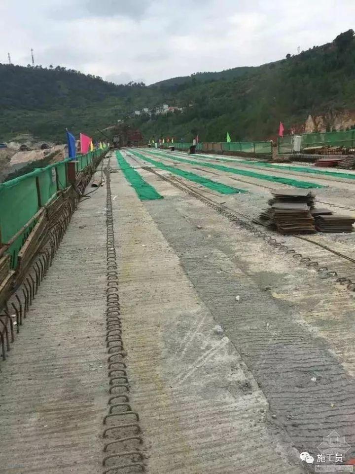 [施工技术]如何看待桥梁普遍会出现裂缝的问题?_9