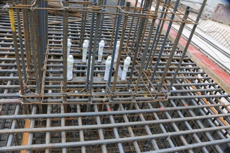 建筑工程施工员钢筋基础知识培训PPT(263页,图文并茂)
