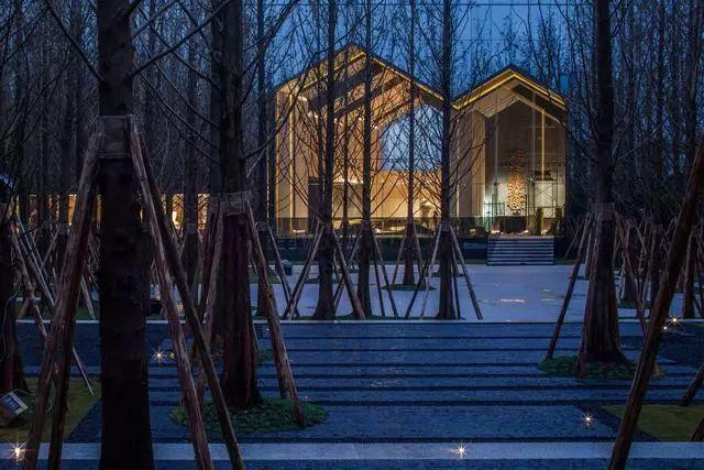 万科售楼处创新设计—— 大自然中的神奇小木屋!!