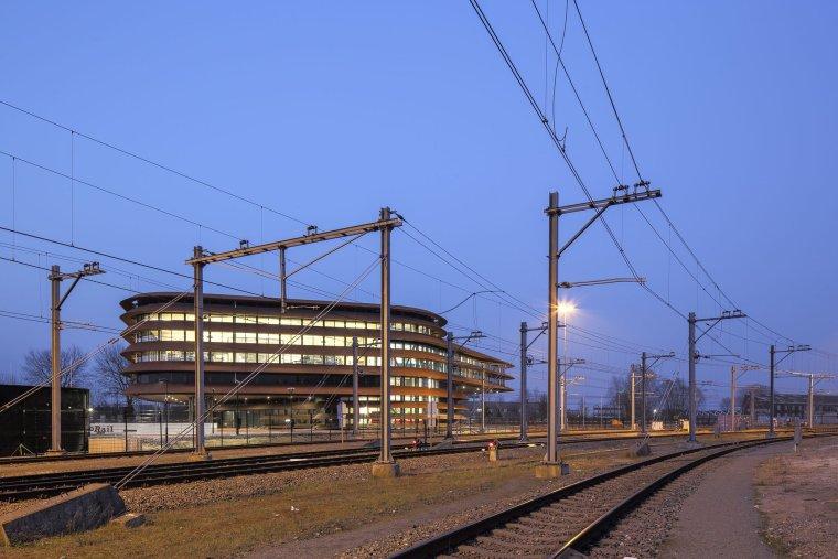荷兰乌特勒支列车控制中心大楼_12