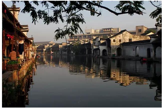 住建部公布:31省市区特色小镇推荐数量分配