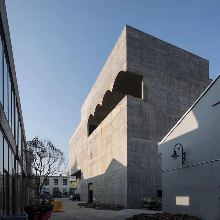 台州旧仓库改造的当代美术馆-3
