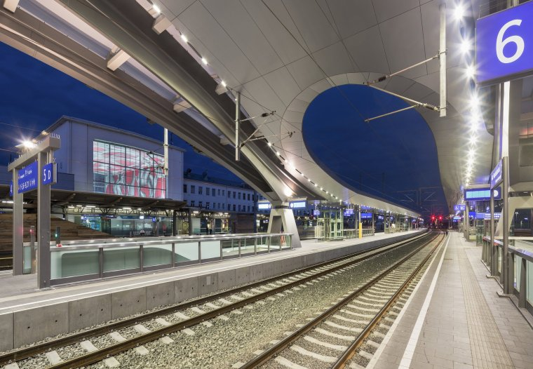 奥地利格拉茨火车站重建_7
