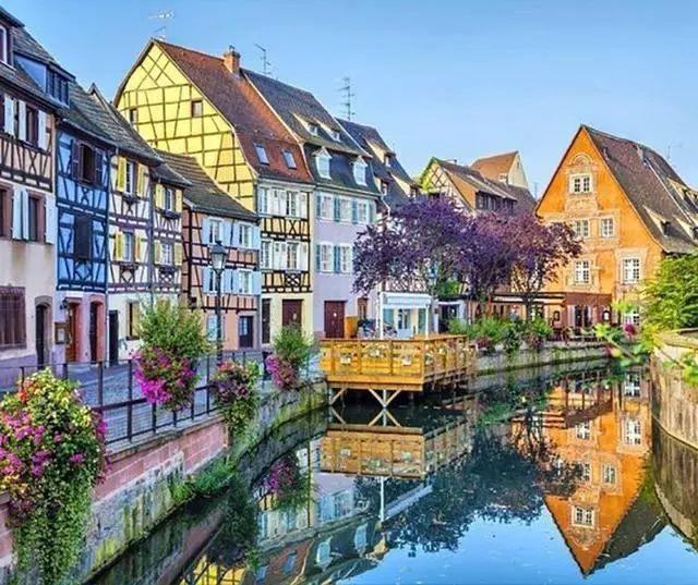 世界上最美的7个鲜花小镇子,这辈子一定要去一次!_13