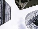 工程合同管理出现风险的原因及规避的措施