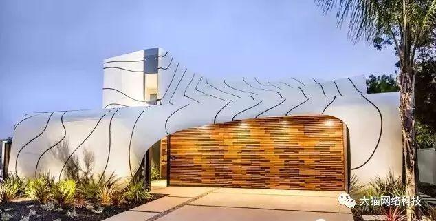 幕墙   铝板幕墙这么玩,建筑立面不单调!