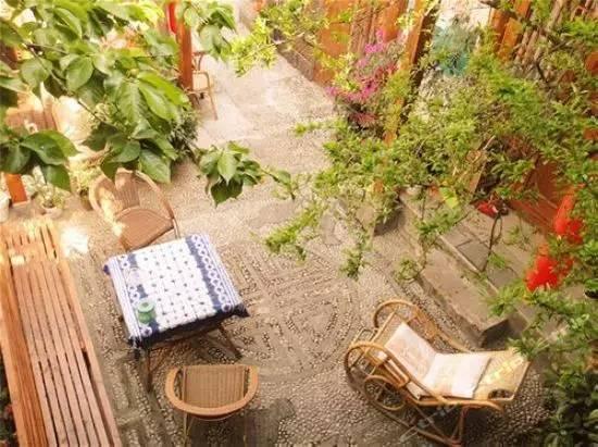 愿有一个院子,在四季里等你_2