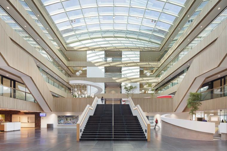VIVO总部设计方案文本资料下载-[国外]萤石公司总部办公空间设计方案文本