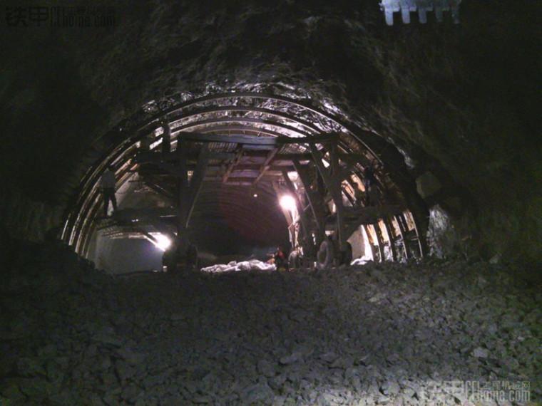 分离式隧道二次衬砌专项施工方案