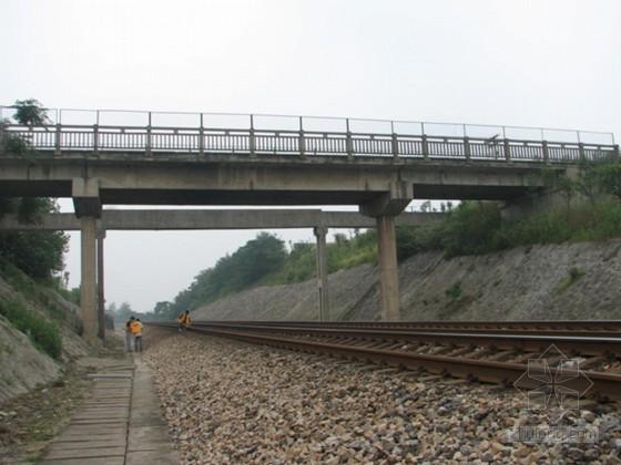 横跨铁路立交桥改造工程顶升施工方案