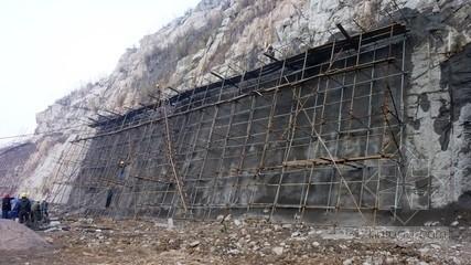 [甘肃]边坡治理工程抗滑桩施工监理规划(128页 编制于2014年)