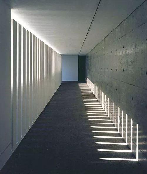 有一种最本质的美,叫水泥墙!_24