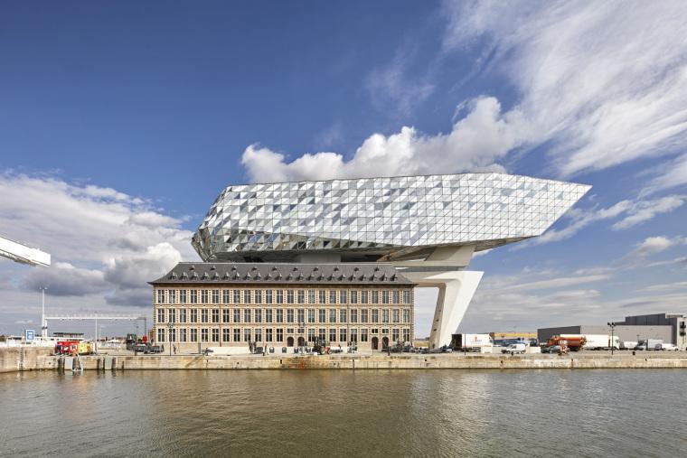 比利时安特卫普港口大楼-1
