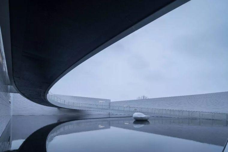 空境几何丨南昌纯水岸艺术展廊_17