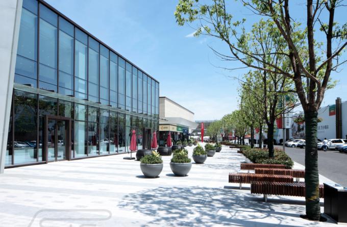 """[浙江]""""滚石街区""""滨水商业广场景观设计方案(附部分CAD施工图+居住区方案+实景图)"""