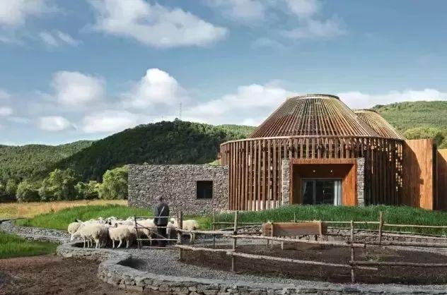ucca美术馆资料下载-比吴彦祖在围场盖的房子还漂亮?又一座绝美的建筑将横空出世...