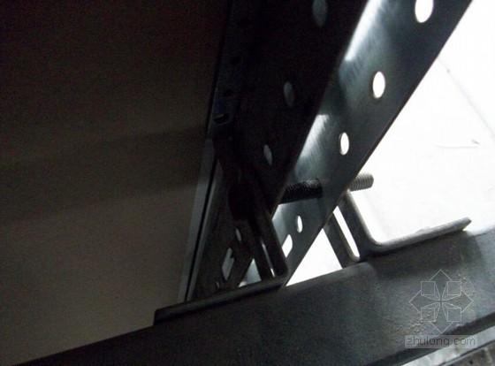 [QC成果]墙面干挂烤漆钢板施工质量控制