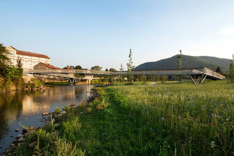 法国默尔特河岸景观设计_19