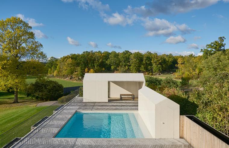 瑞典游泳池及水疗中心