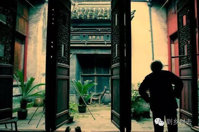 设计酱:忘记乌镇、西塘、周庄吧!这些古镇古村,很美很冷门!_38