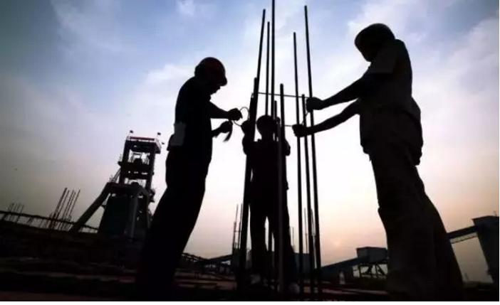 JGJ130-2011建筑施工扣件式钢管脚手架安全技术规范.pdf