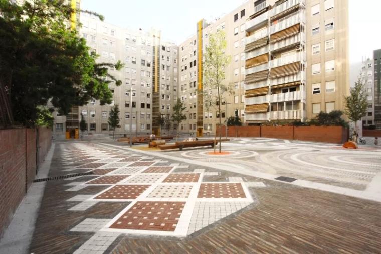 西班牙社区广场翻新