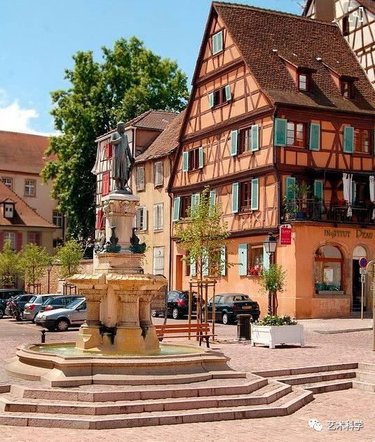 世界上最美的小镇,每走一步都是风景_24