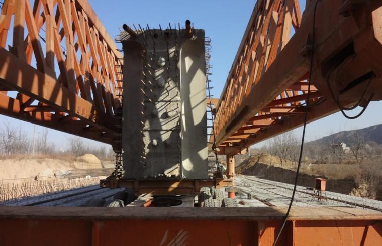 [河南]特大桥施工方案汇报(高墩、连续刚构、50mT梁)