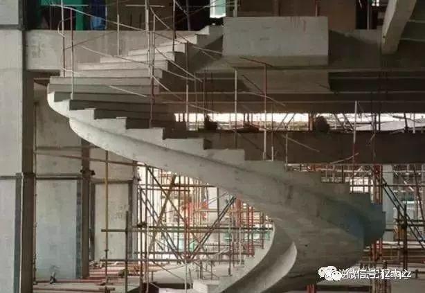 旋转楼梯木工支模方法_16