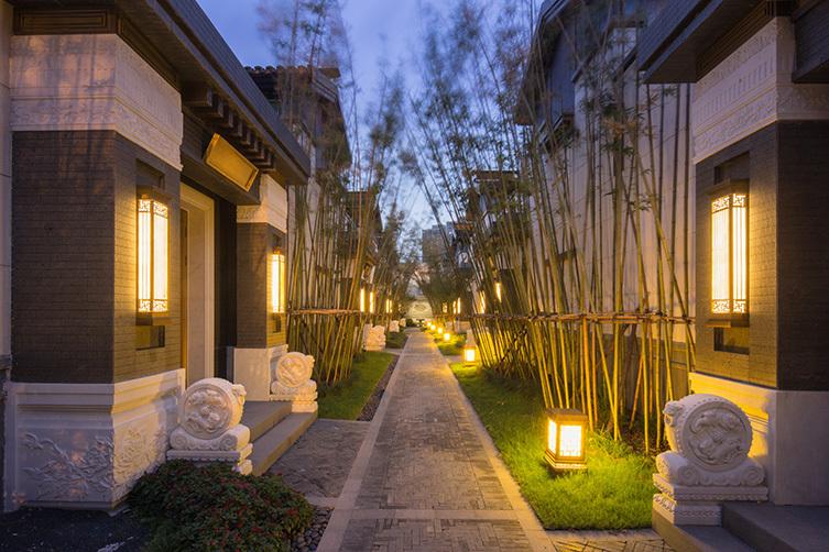 [分享]南京泰禾别墅景观门神铸别墅院子图片