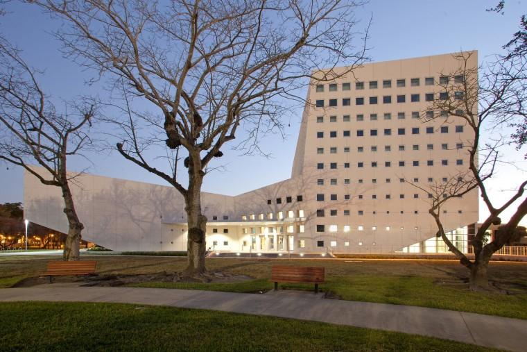 VOC工程资料下载-佛罗里达国际大学国际和公共事务学院
