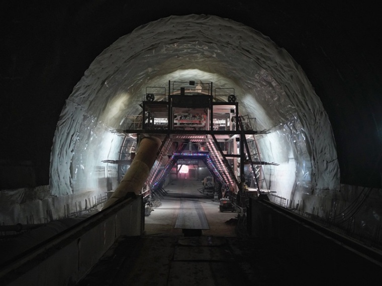 黄土隧道施工方案