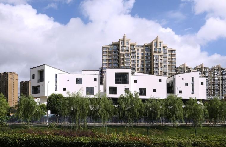 三维空间村落 / 还原传统江南民居院落——上海南翔东社区邻里中