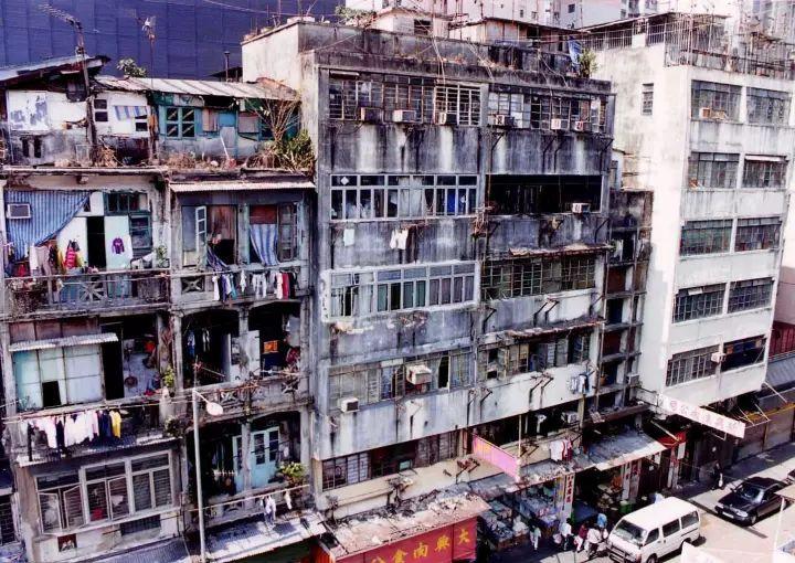 """没见过香港的""""棺材房""""都不知道我们住得多幸福_29"""