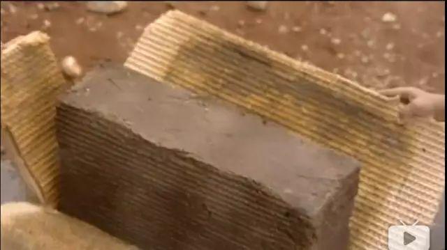 金字塔竟是混凝土浇筑而成而非石头建造?古埃及神话破灭?_18