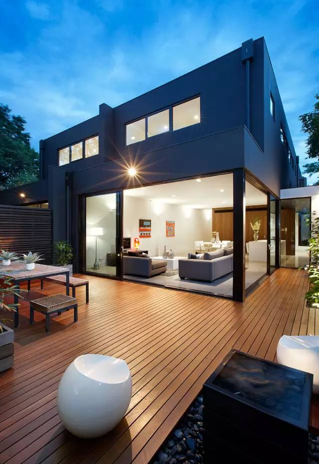 赶紧收藏!21个最美现代风格庭院设计案例_148