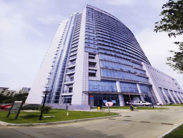 中心医院住院大楼施工质量汇报文件(鲁班奖,含新技术,附图多)