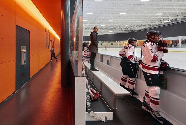加拿大Calgary大型体育娱乐中心-16