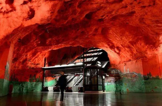 世界最美地铁景观,美到让你不想回家_3