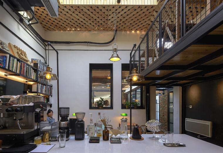 北京北海百年糖房改造-106-天桥与咖啡休憩区