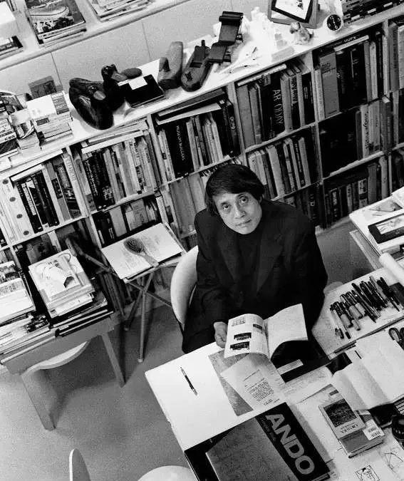 从半路出家到建筑大师,安藤忠雄设计的书店让你不想回家_44