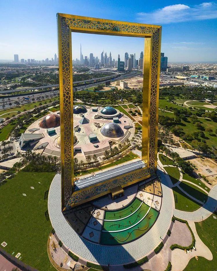 2018年迪拜用3个亿造了个冲破天际的相框_7