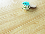 强化复合地板的清洁保养
