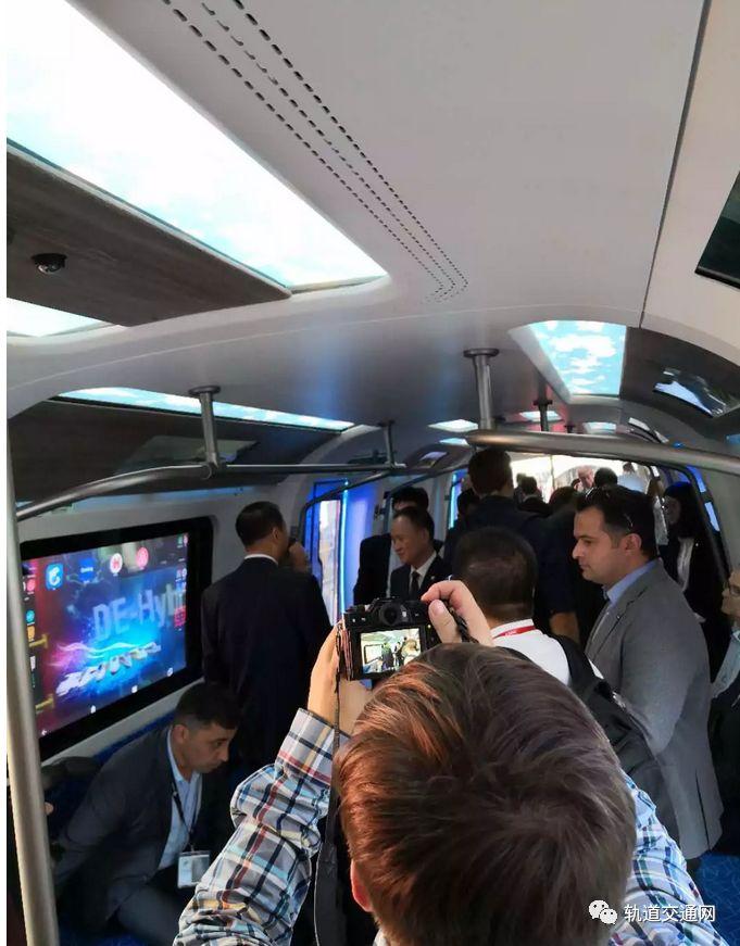 中国中车:新一代碳纤维地铁车辆全球发布!_8