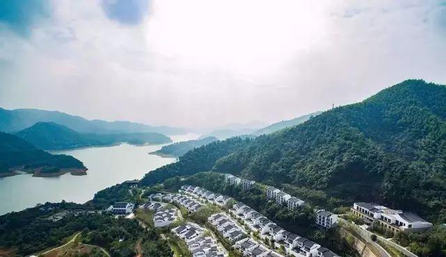中国最受欢迎的35家顶级野奢酒店_76