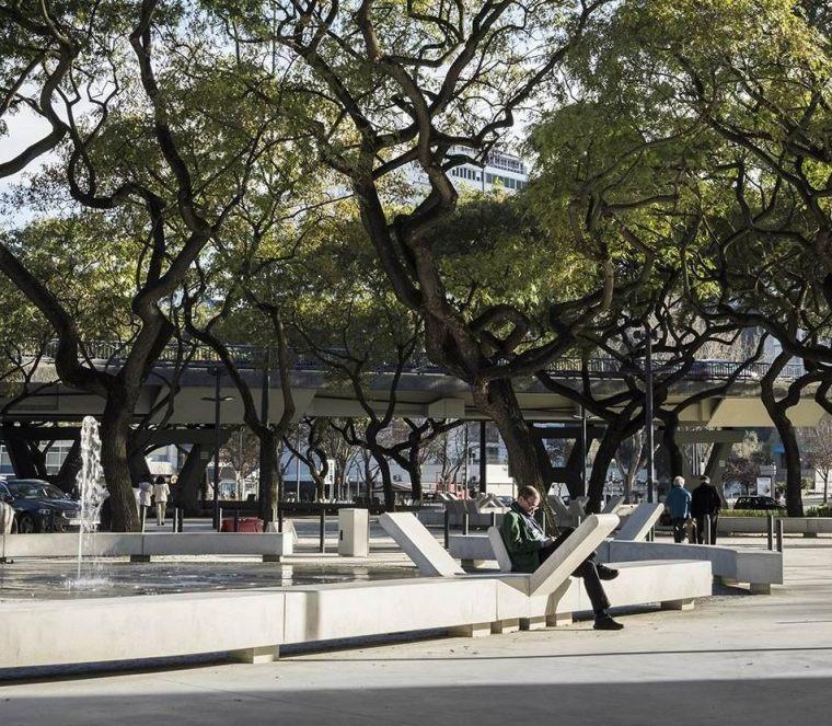 葡萄牙里斯本泉池公园-5aed0a59c731f