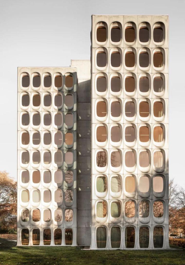 传世老建筑改成共享办公,混凝土也是高贵的外观