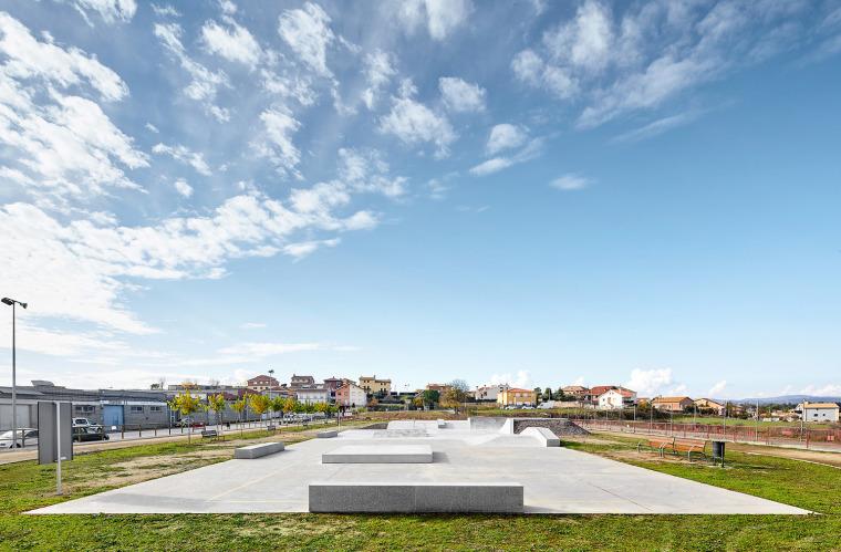 巴塞罗那滑板公园