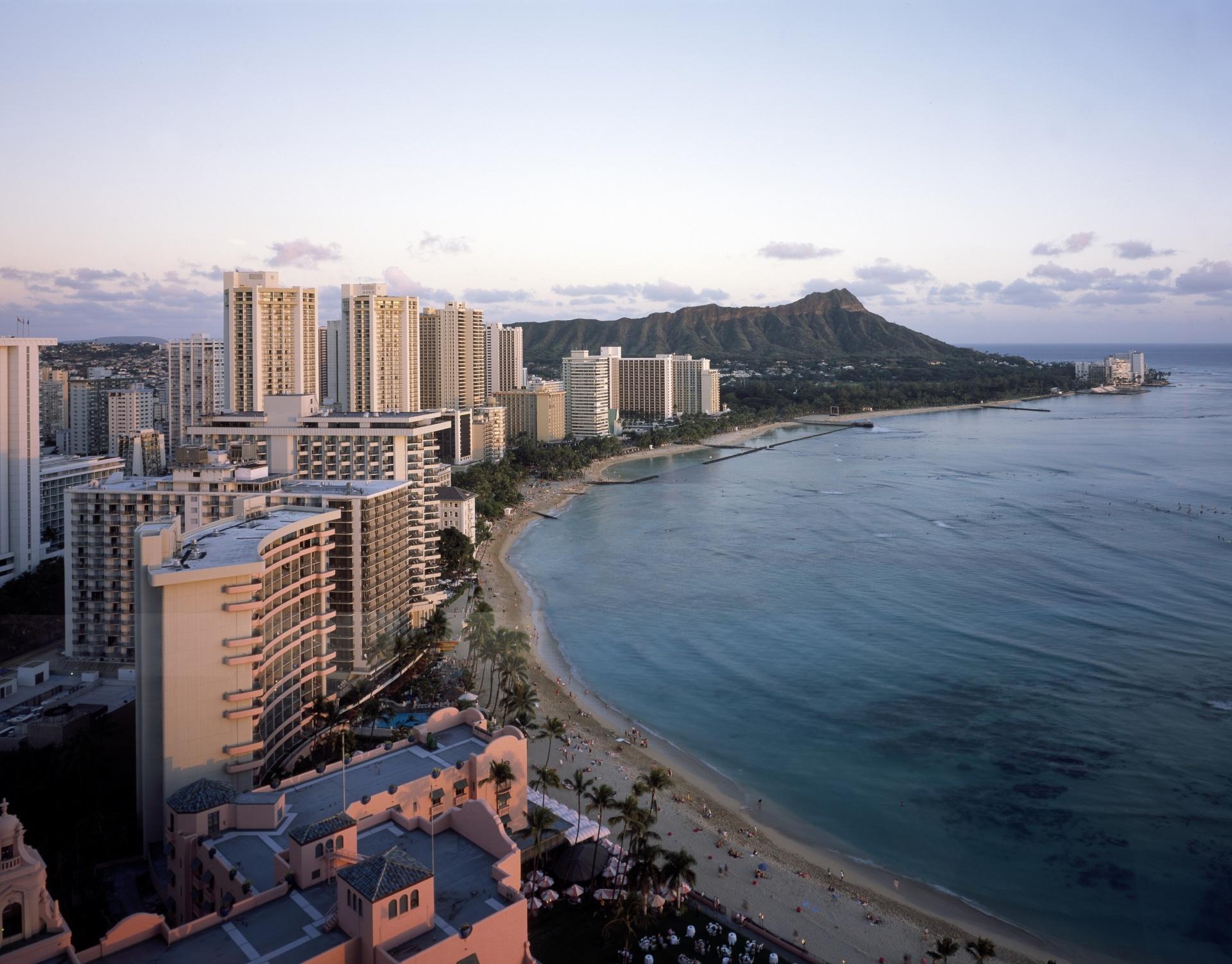 waikiki-beach-hawaii
