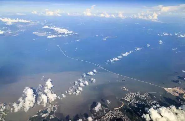 港珠澳大桥正式通车!世纪工程究竟有多牛?(最全攻略+震撼全景